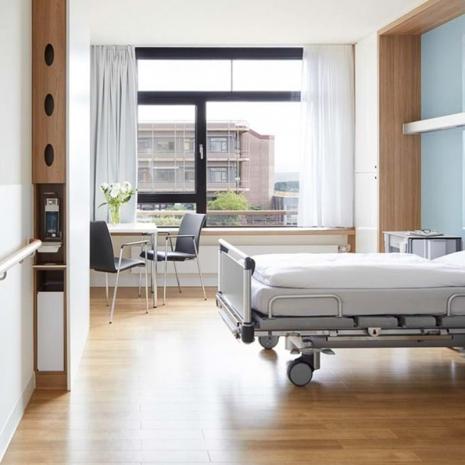 Amtico-Signature-36+-Healthcare-Room